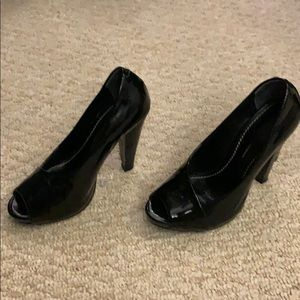 Lines Paolo Heels- Black Patent Leather 4.5